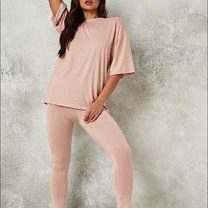 MISSGUIDED oversized t-shirt & Leggings set